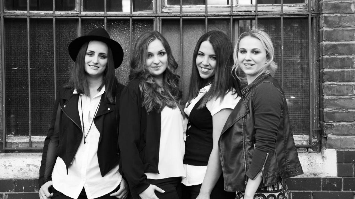 Roaming Revels Female Band